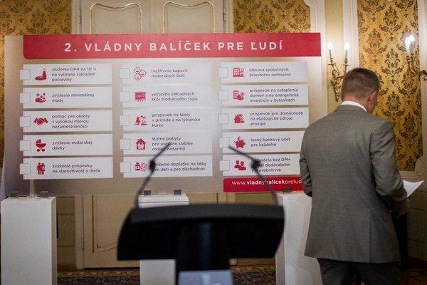 Premiér Robert Fico sa niektorým podnikateľom chrbtom neobracia.