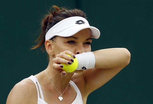 Čelila mečbalu. Agnieszka Radwanská vyhrala druhý set 7:5.