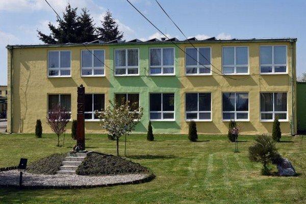 Základná škola v Buzici.
