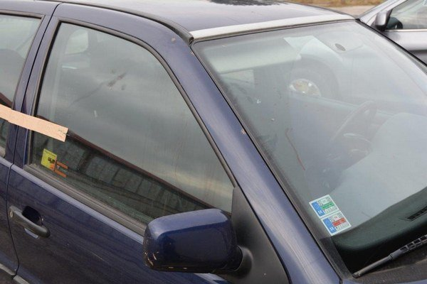 Súdky. V tomto aute napadol Jozef s nožom expriateľku a jej nového priateľa.