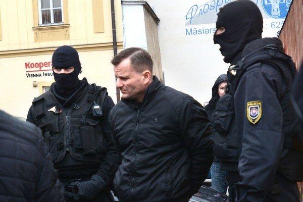 Ján Tatič v putách. Odkedy vyšli najavo jeho plány na usmrtenie podnikateľky, je vo väzbe.