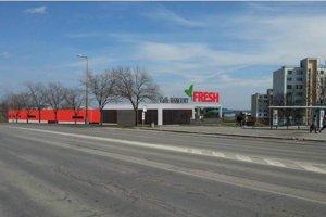 Supermarket pri východe zo sídliska. Investor začne so stavbou o tri mesiace.