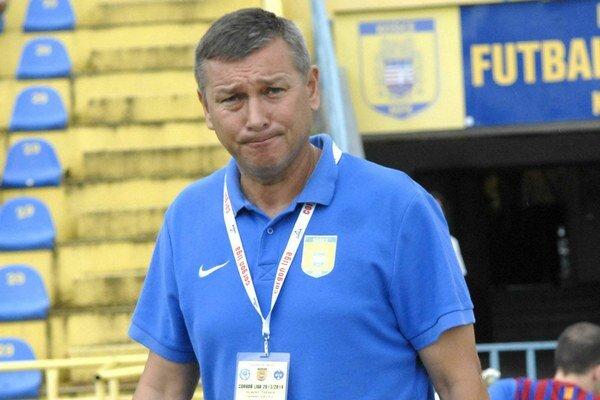 Tréner Galko. Pochvaľuje si prácu klubových funkcionárov.
