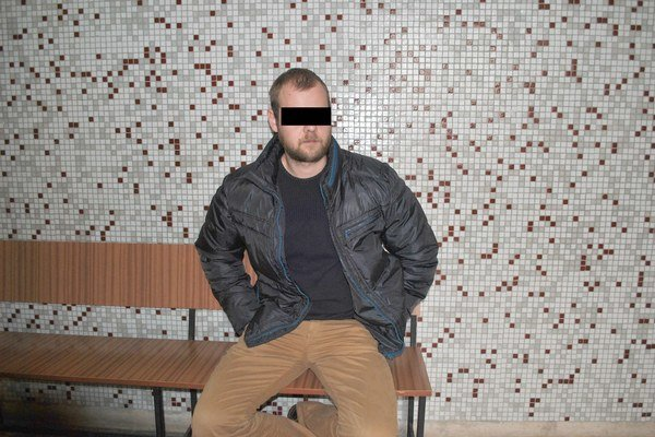 Policajt Tomáš. Na krajskom súde čaká na verdikt.