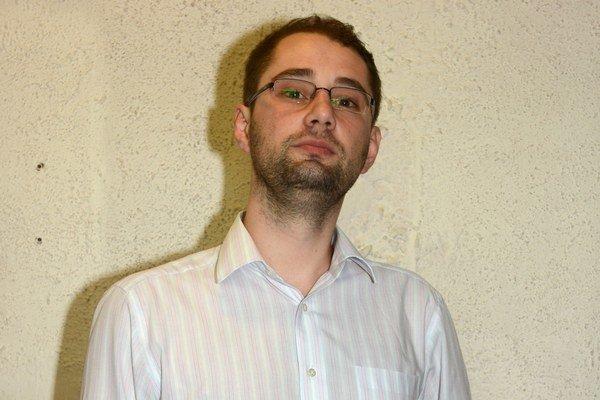 Marcel Gibóda. Kedysi šéfoval Gajovej kancelárii, teraz žiada jeho abdikáciu.