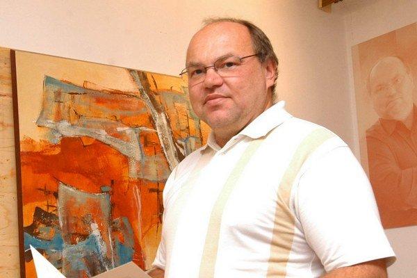Riaditeľ Martin Račko. Od 1. apríla sa bude  venovať už len výtvarnej činnosti.