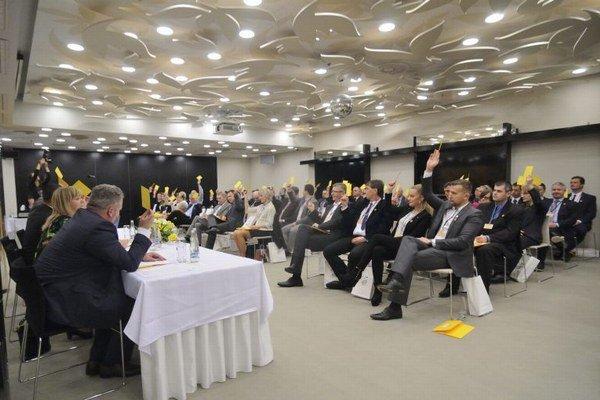 Ustanovujúci Republikový snem Slovenskej občianskej koalície (SKOK!) v Košiciach.