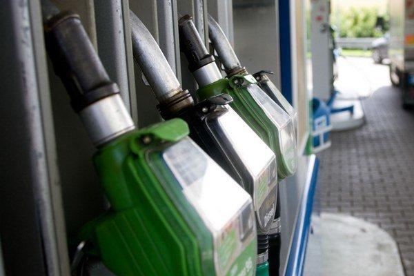 Opitého si všimli už na pumpe.