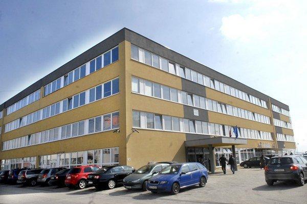 Daňový úrad Košice. Na lehoty nedbajú, DPH vracajú aj niekoľko rokov.