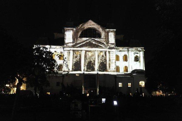 Košice majú počas Bielej noci špecifickú atmosféru.