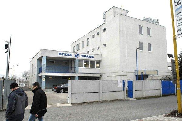 Budova na Rozvojovej. Tu si MFK prenajal priestory od firmy, ktorá patrí aj Podolákovi.