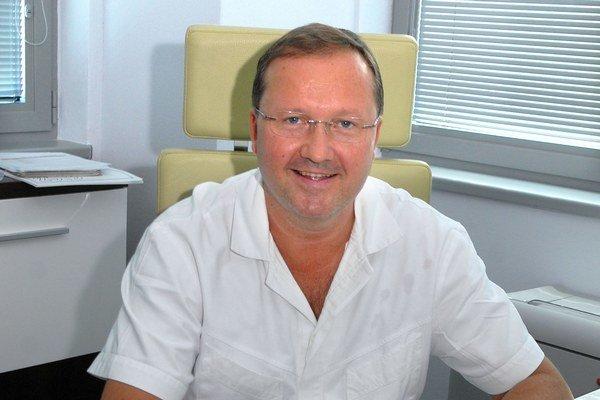 Riaditeľ VÚSCH MUDr. František Sabol.