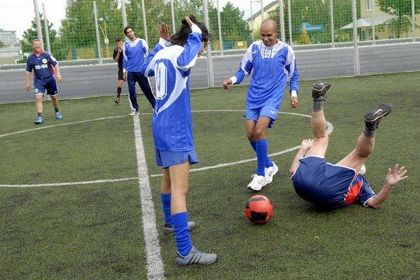 Futbal bol predovšetkým o zábave.