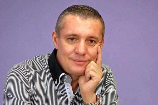 Krajský odborník pre odbor plastická chirurgia pre Košický a Prešovský kraj Miroslav Glück.