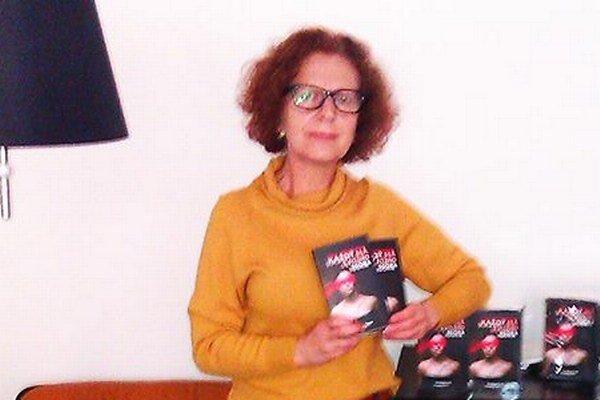 Úprimná autorka. Š. Opremčáková píše len o tom, čo sama cíti.