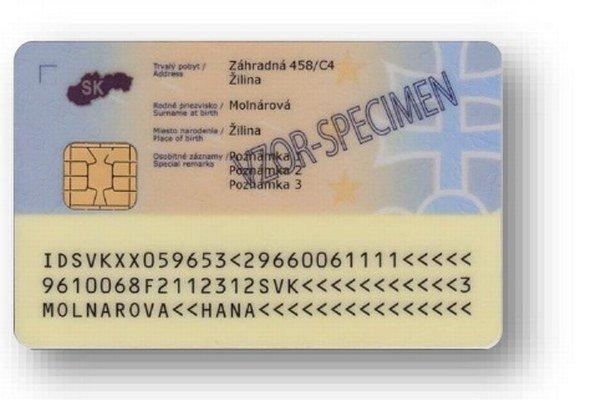 Takto bude vyzerať zadná strana občianskeho preukazu. Mal by uľahčiť komunikáciu s úradmi.