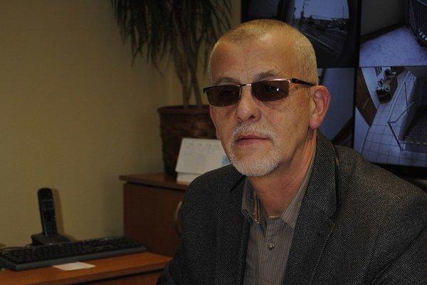 Alexander Pőhm hovorí, že členstvo Karaffu by bolo v rozpore so stanovami.