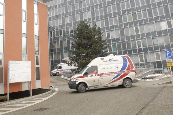 Nemocnica v Šaci. Lekári zachránili cukrovkárovi nohu.