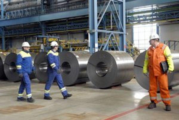 U. S.  Steel. Zarábajú zhruba o 60 percent viac, ako je celoslovenský priemer.