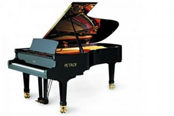 Sedemdesiattisícový klavír. KSK chcel mať vo Východoslovenskej galérii to najlepšie, čo je na trhu