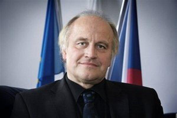 Michael Kocáb. Spolupodieľal sa na vzniku experimentálneho diela.