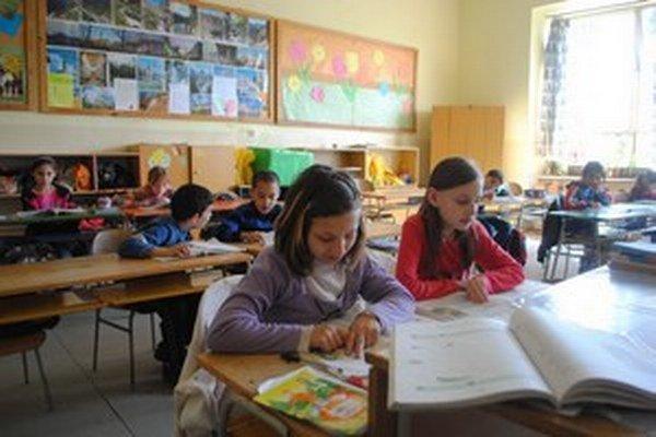 Triedy v rožňavskej ZŠ S. Tomášika. Po 52 rokoch sa tu už vyučovať nebude.