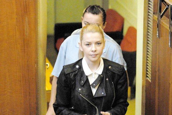 Eva Varholíková. Jej obvinenie z ohrozovania premávky agresívnou jazdou je menej presvedčivé.