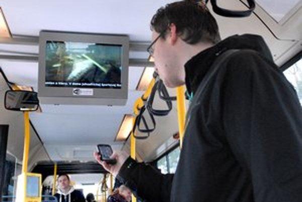 Bezplatný internet. Zatiaľ funguje v 20 autobusoch.
