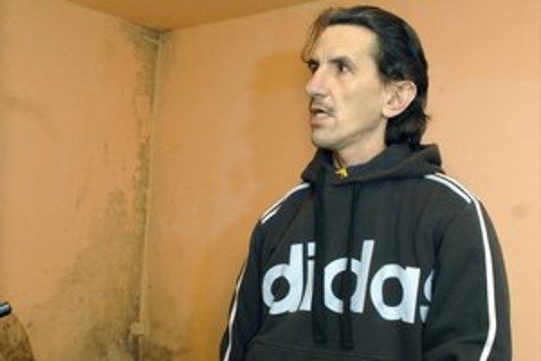 L. Szkurkay tvrdí, že keď ho nechcú rezať v Košiciach, pôjde do Prahy.