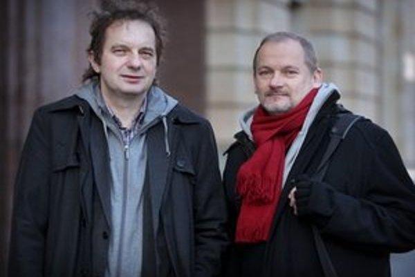 Predtým, ako sa Ján Sudzina (vľavo) stal výkonným riaditeľom projektu Európskeho hlavného mesta kultúry, viedol nezávislé hudobné vydavateľstvo Hevhetia. ⋌FOTO SME – TOMÁŠ BENEDIKOVIČ