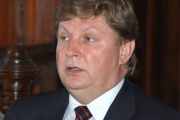 Zdenko Trebuľa. Župan by chcel zostať na čele kraja až do roku 2017.