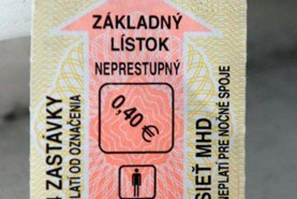 Nedostatok lístkov nám hlásili z Furče, Ťahanoviec i Podhradovej.