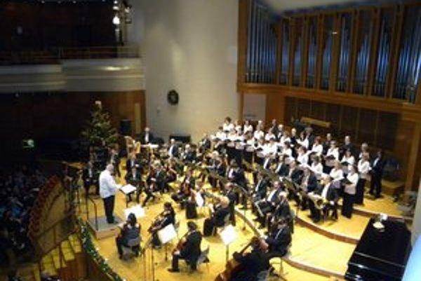 Prvý novoročný koncert. Zbor Csermely ponúkne pestrý repertoár.