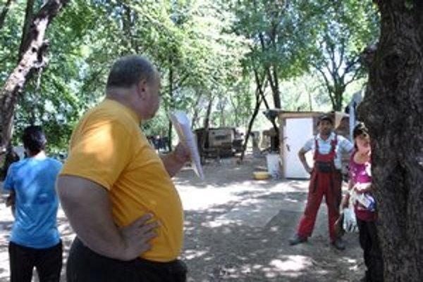 Vlastník pozemku pod osadou Ján Német. Sľúbili mu, že do týždňa budú preč.