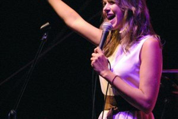 Nataša Džunková. Oddýchnutá speváčka si koncert užívala.