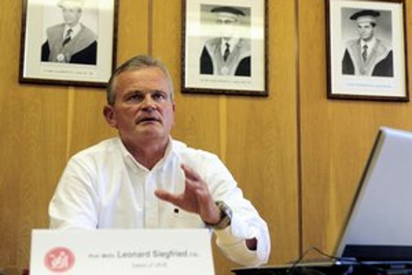 Bývalý dekan Lekárskej fakulty UPJŠ Leonard Siegfried.