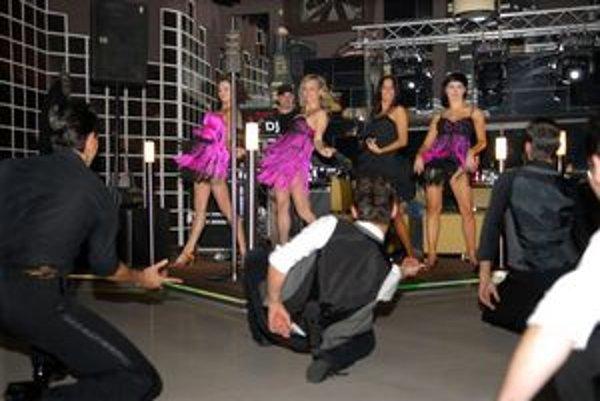 Just dance. Známi tanečníci excelujú v novom projekte.
