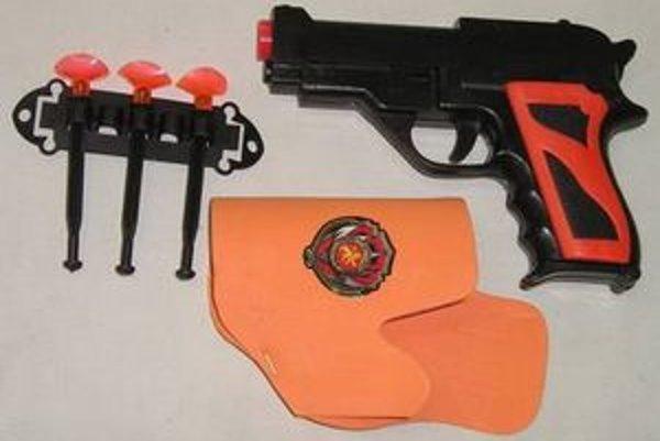 Aj táto detská pištoľ patrí k nebezpečným hračkám.