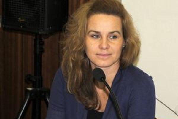 Miestna kontrolórka Lucia Iľaščíková.