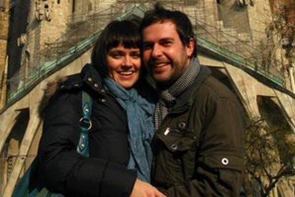Juraj s Adrikou radi cestujú.