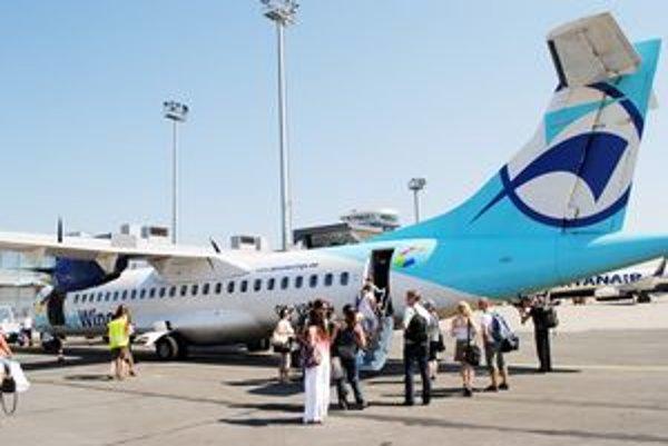 Premiérový odlet. Prví dovolenkári odleteli do Dubrovníka tento štvrtok.