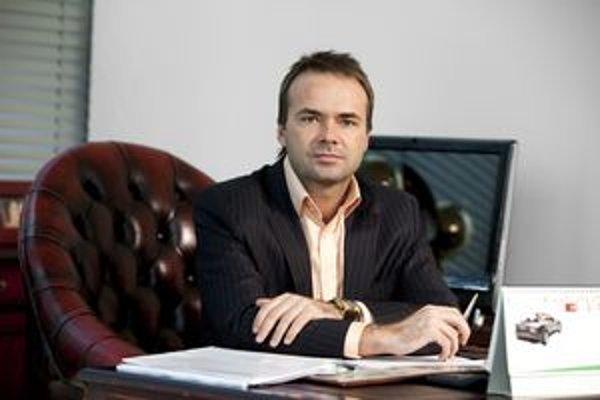Július Rezeš. Známy košický podnikateľ chce zrevitalizovať rozvaliny v magnezitke.