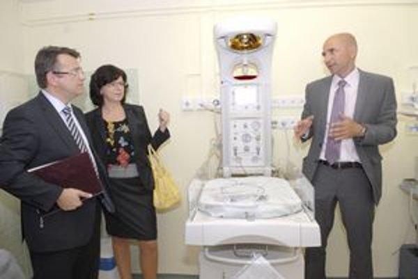 Minister a riaditelia. Iveta Marinová a Peter Krcho vedú nemocnice, ktoré čaká transformácia.