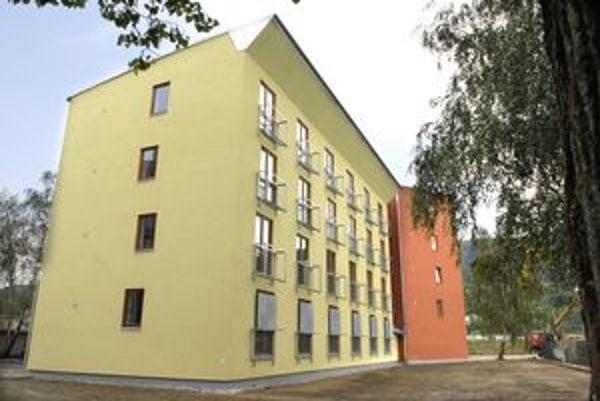 Byty na Baltickej. Sociálne byty sa samospráve nepodarilo predať ani za šesť rokov. Nové vedenie ich chce prenajať.