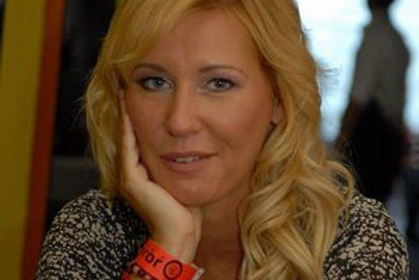 E. Barkolová tvrdí, že JOJ-ka jej dala veľmi veľa.