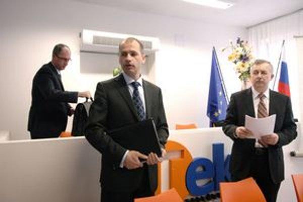Miroslav Nosál a Ján Huraj. Stále hľadia v ústrety rozprávkovému odstupnému.