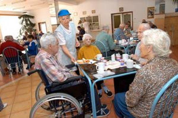 DSS v Barci. Zvýšenie poplatkov v domovoch sociálnych služieb prebehlo bez protestov.
