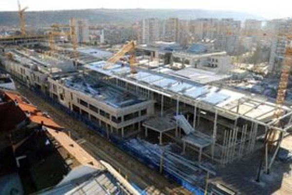 Súčasný stav na stavbe košického Auparku.