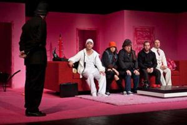 NAJ inscenáciou sa stala komédia Tom, Dick a Harry.