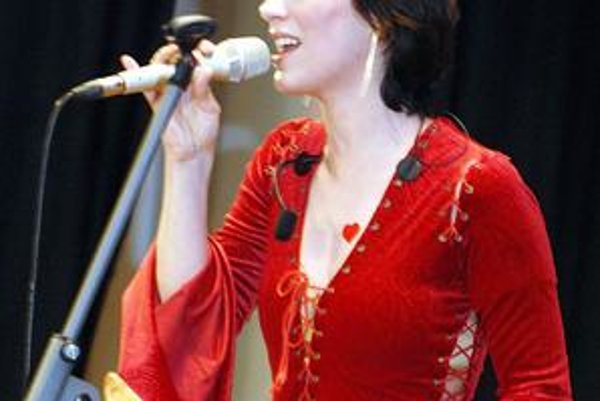Džez hrou. Paneláková sestrička vyráža na turné, na ktorom bude učiť deti džezovému umeniu.